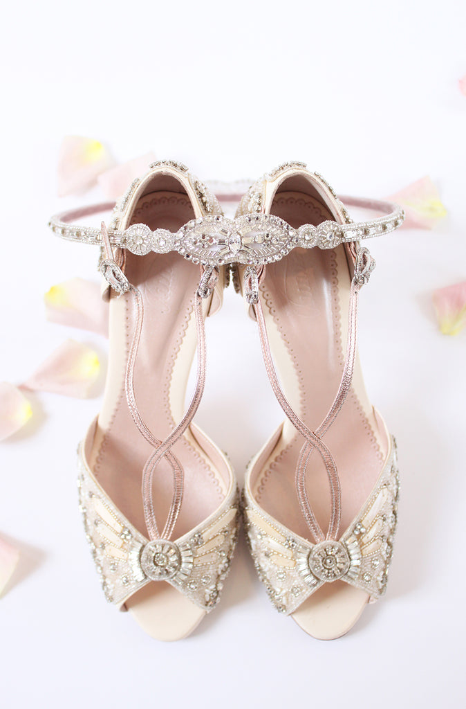 Emmy London Francesca Shoes and Teardrop Halo Summer Wedding Accessory Styling