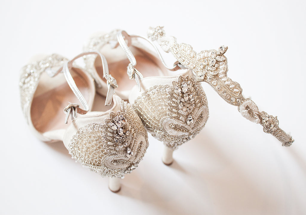 Art_Deco_Blog_Emmy_London_Aurelia_Bridal_Shoes_and_Halo