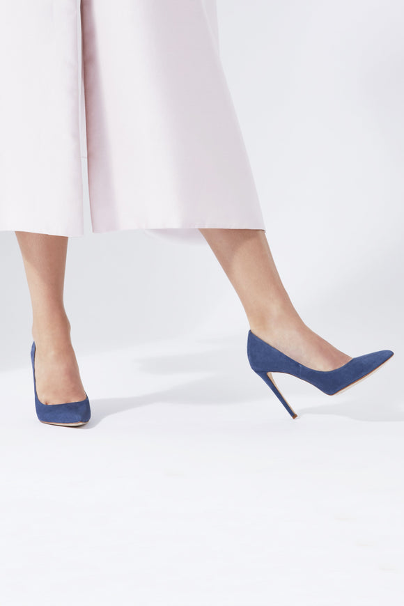 Rebecca Riviera Super High Pointed Court Shoes Designed By Emmy London