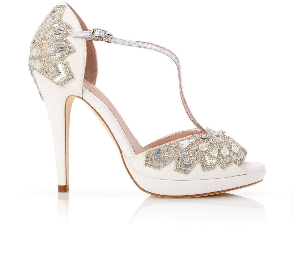Victoria_Ivory_Bridal_Shoes_Emmy_London_Wedding_Shoes