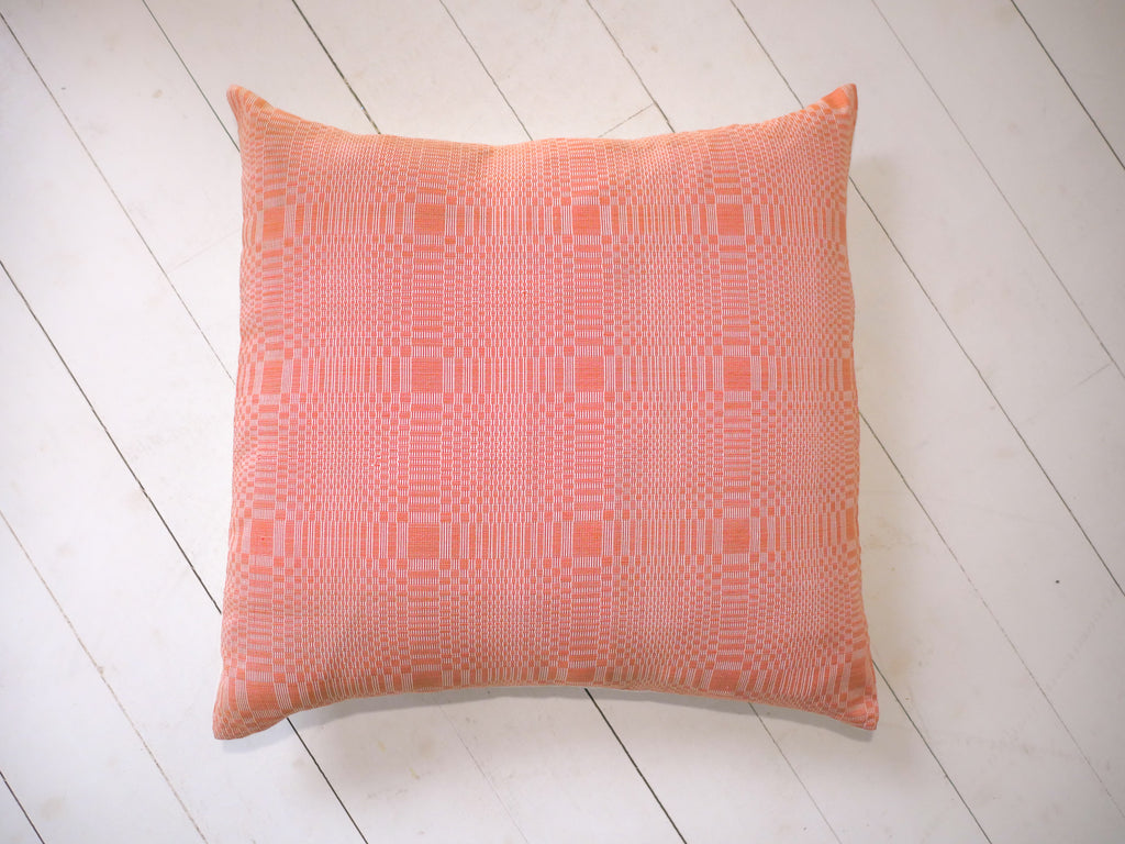 Coussin binakul, tourbillon orange