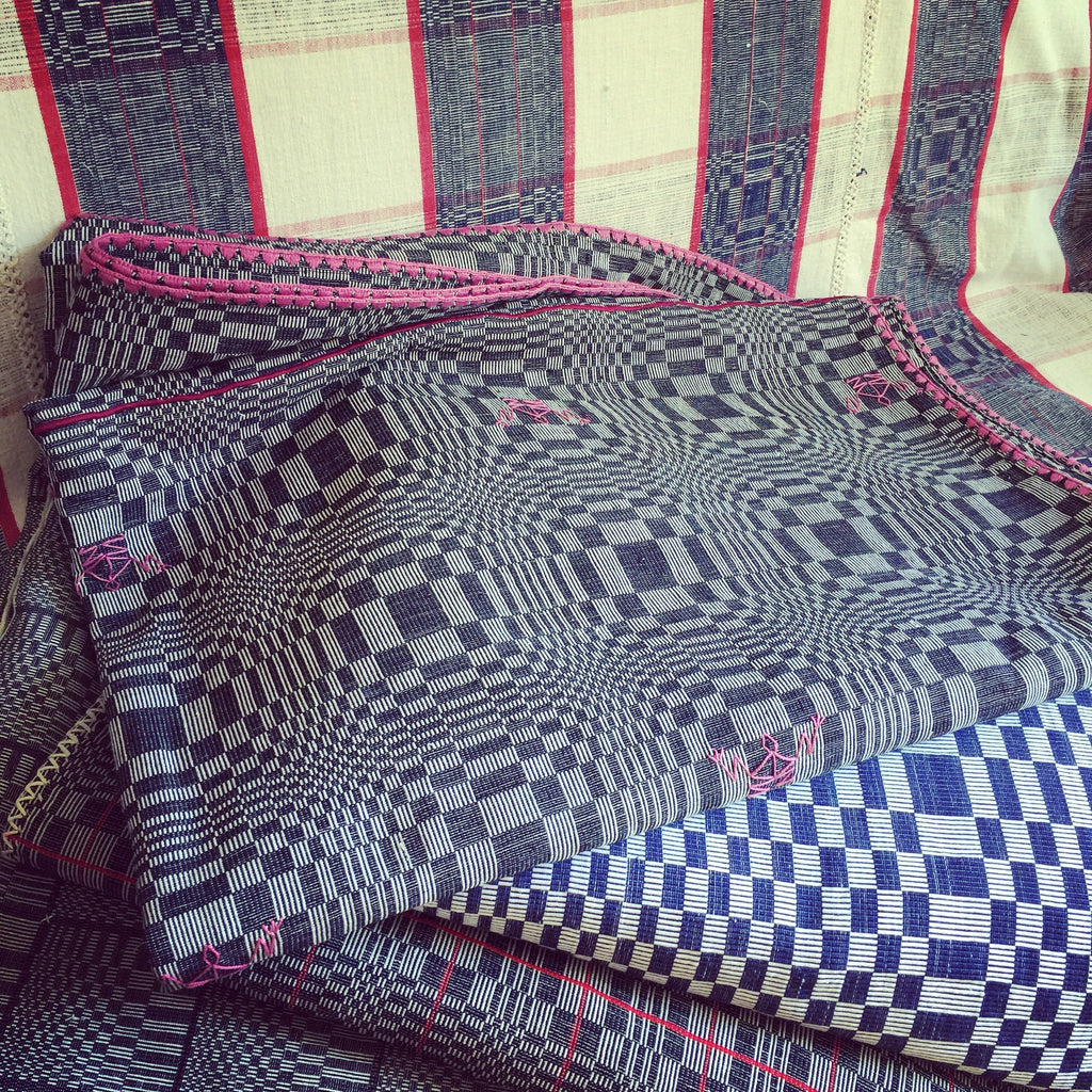 Balay Ni Atong Textiles BINAKUL, plaid traditionel des Philippines