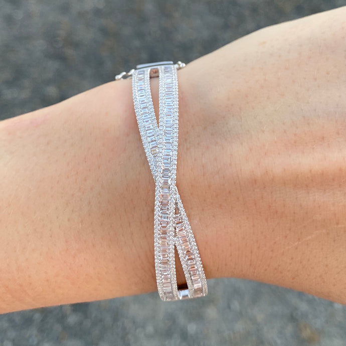 Diamond Baguette Criss-cross Bangle