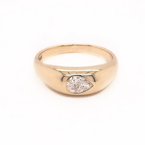 Pear Diamond Dome Band