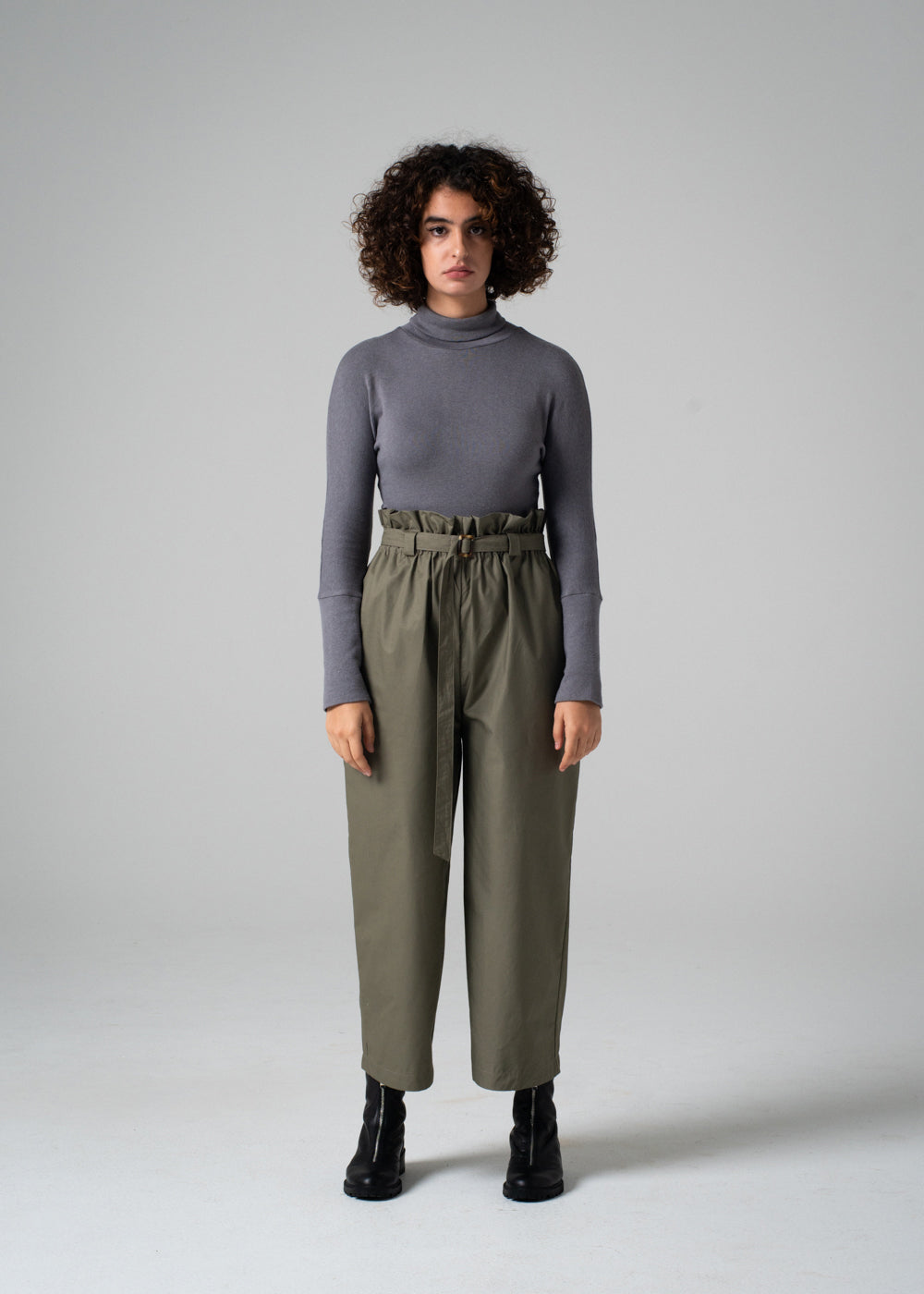 Timo Pant in Olive