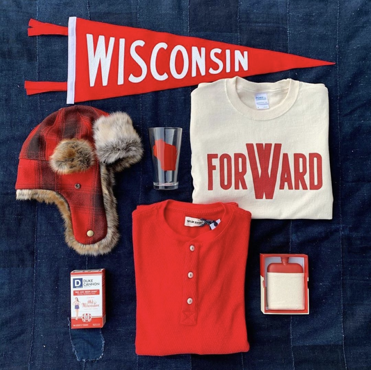 Wisconsin Pint Product Flatlay