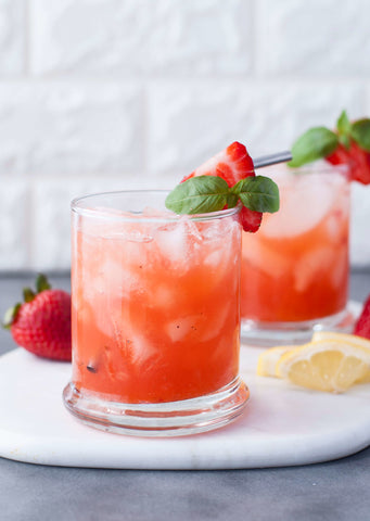 Low Carb Strawberry Basil Bourbon Smash