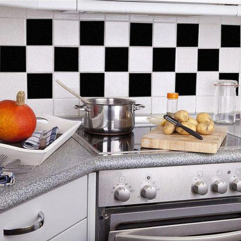 Original black and white tiles that screams dull!