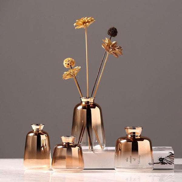 Petite Nordic Golden Ombre Glass Vase - Apartment 201