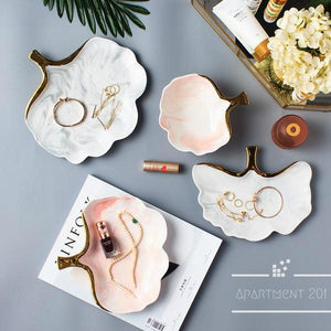 Marble Leaf Display Plates - apt201