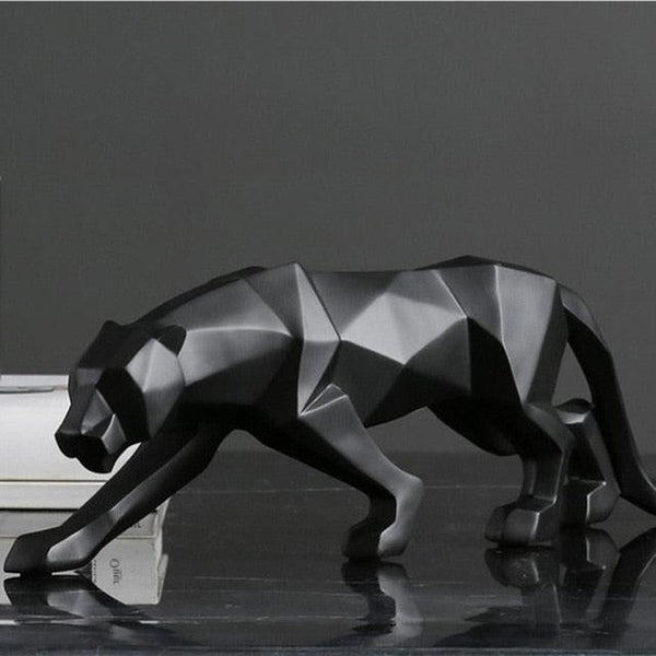 Nordic Jungle Cat Figurine - Apartment 201