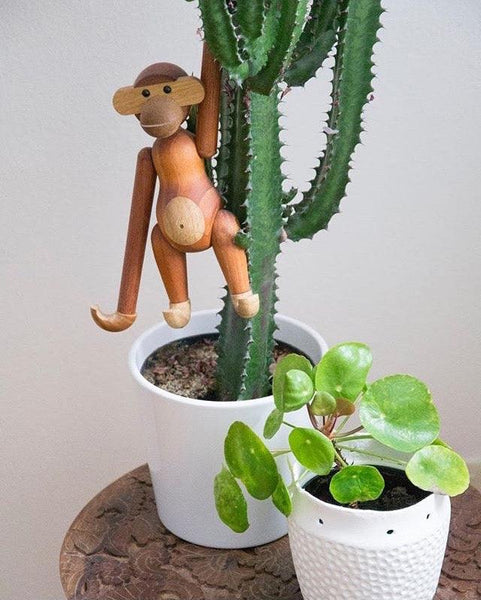 Nordic Wooden Hanging Monkey - Apartment 201