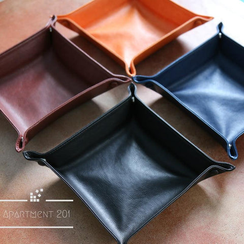 Foldable Leather Serving Tray - apt201