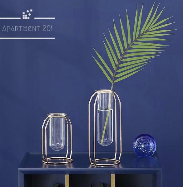 Nordic Minimalist Glass Vase - Apartment 201