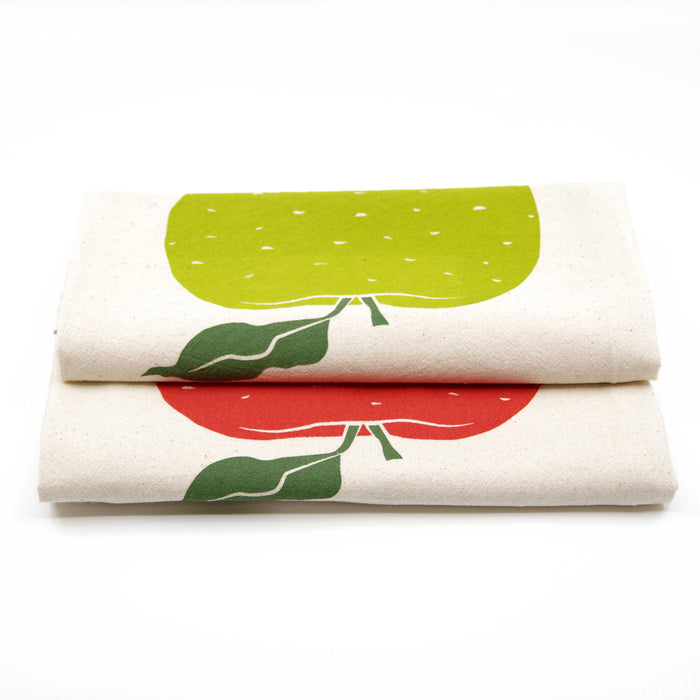 Apple Flour Sack Tea Towel | Manzana | Green | Fruit | Screen Printed | Natural Cotton | Housewarming