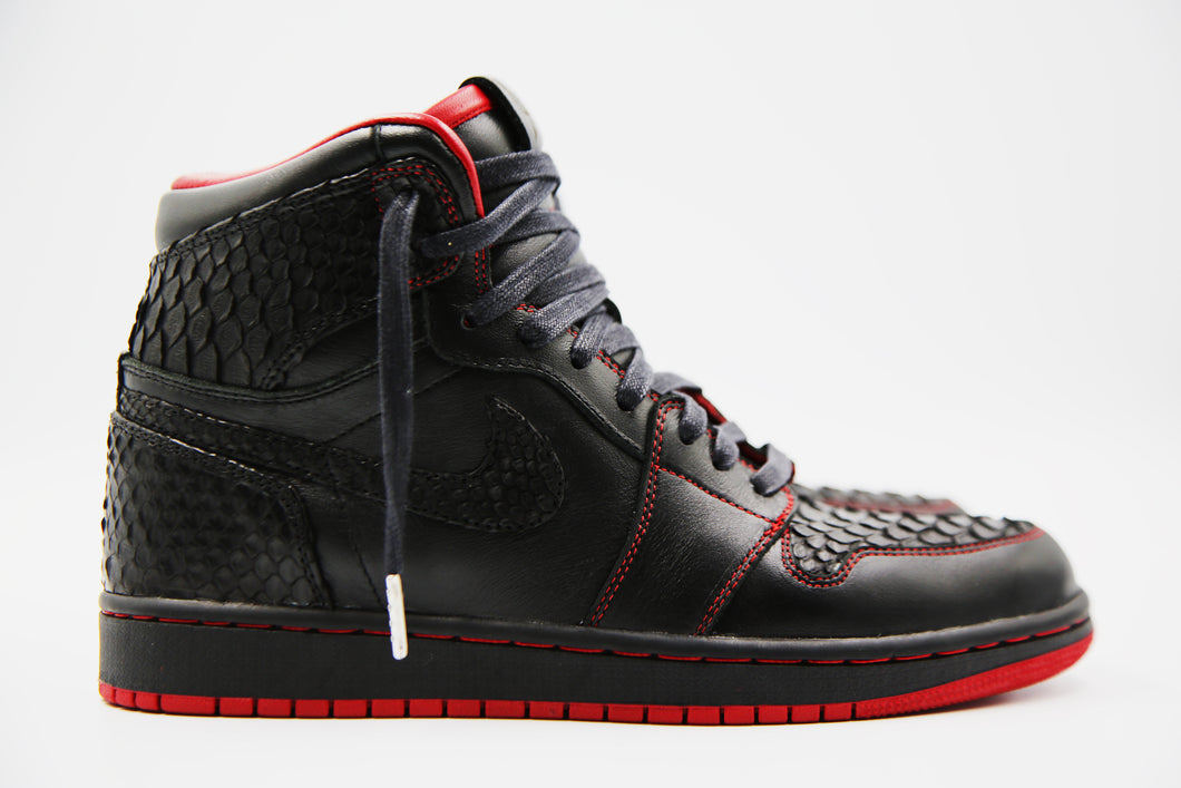 The Black Widow 1's