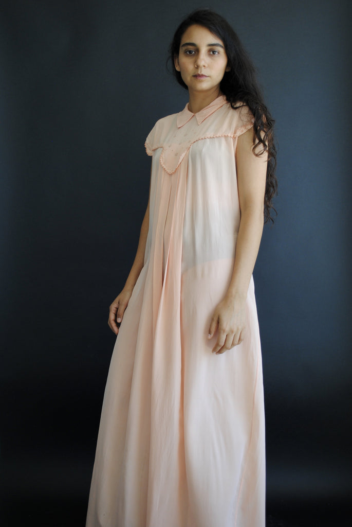 1930's Collared Pink Day Dress