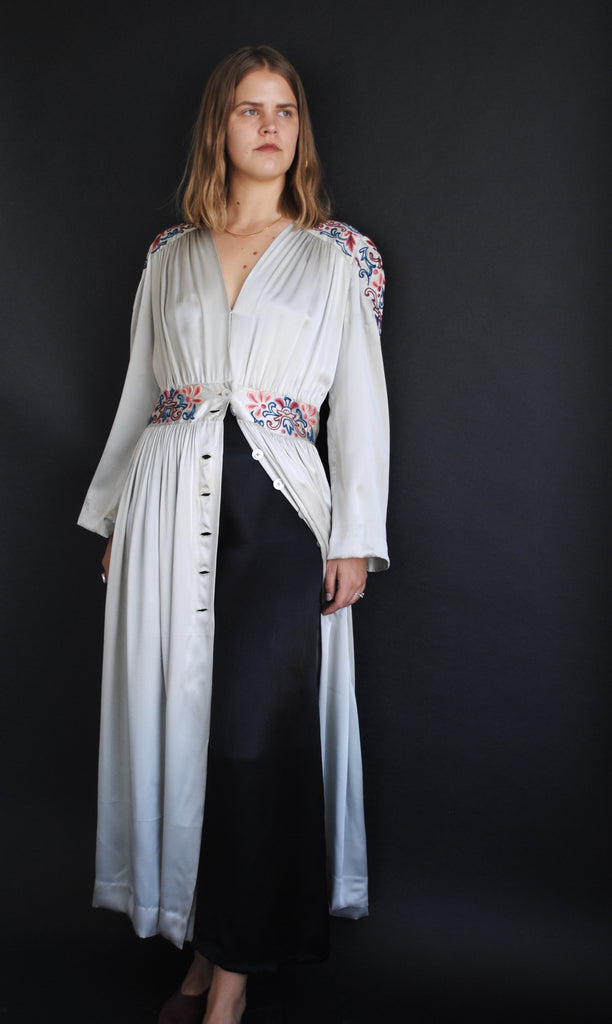 1940's Embroidered Silk Duster