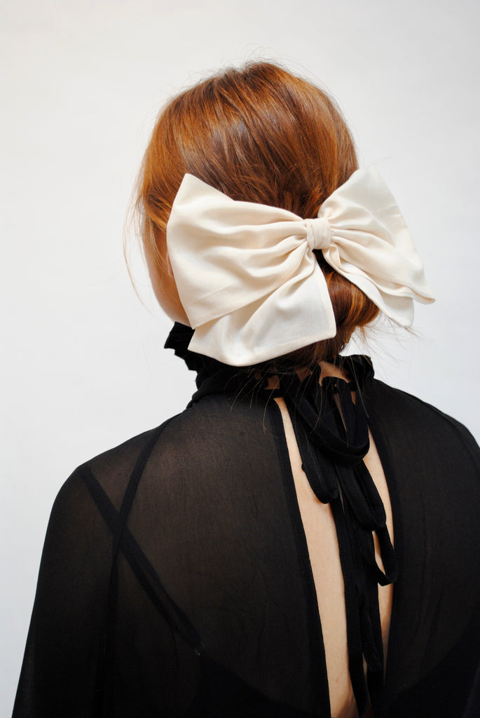 Large Silk Broadcloth Bow