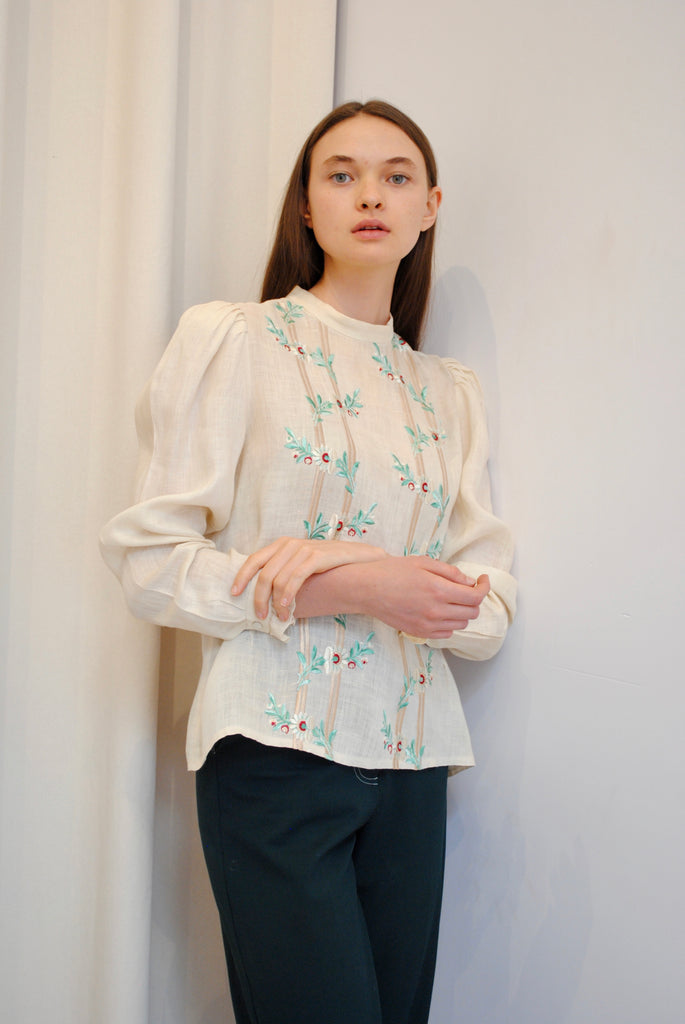 Vintage Linen Embroidered Blouse