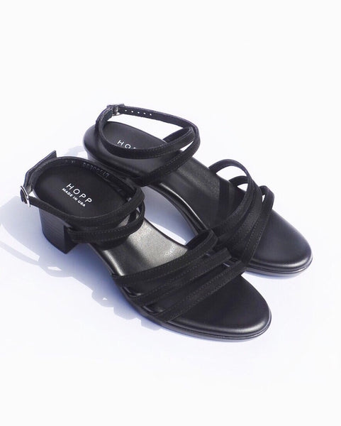 Hopp Wraparound Cushioned Sandal in Black