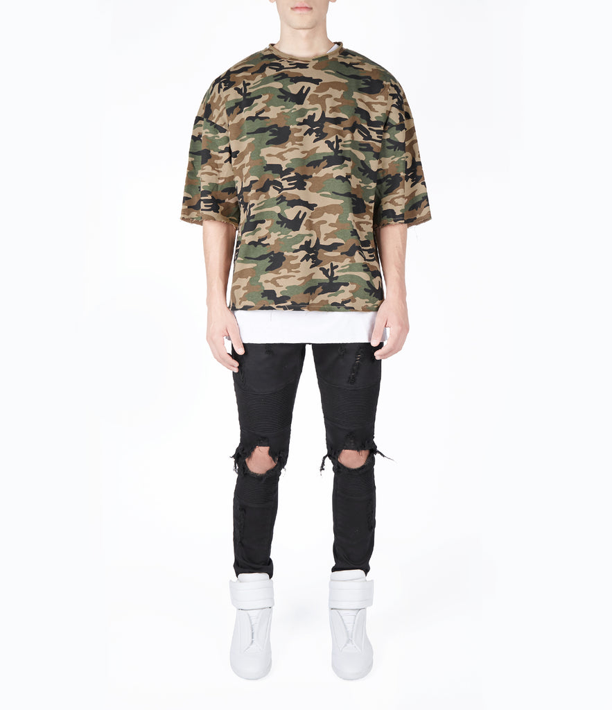 SW303 Oversized Short Sleeve Camo Sweatshirt - UNDERATED
