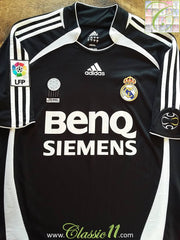 2006/07 Real Madrid Away La Liga Football Shirt (L)