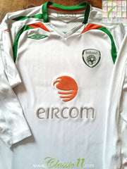 2007/08 Republic of Ireland Away Football Shirt. (L)