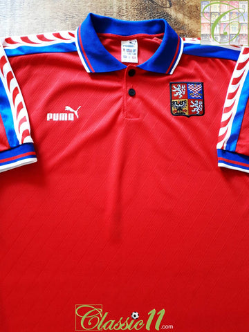 1996/97 Czech Republic Home Football Shirt #10 (L)