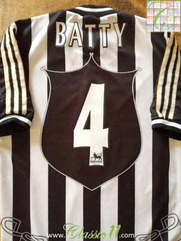 1997/98 Newcastle United Home Premier League Football Shirt Batty #4 (S)