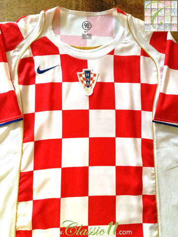 2004/05 Croatia Home Football Shirt (M)