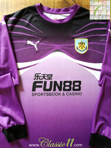 2010/11 Burnley Goalkeeper Football Shirt (XXL)