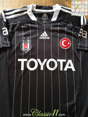 2011/12 Besiktas Away Football Shirt (S)