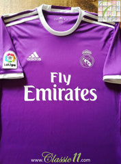 2016/17 Real Madrid Away La Liga Football Shirt (S)