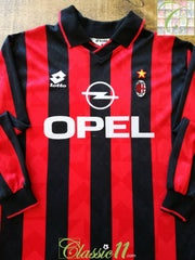 1995/96 AC Milan Home Football Shirt. (S)