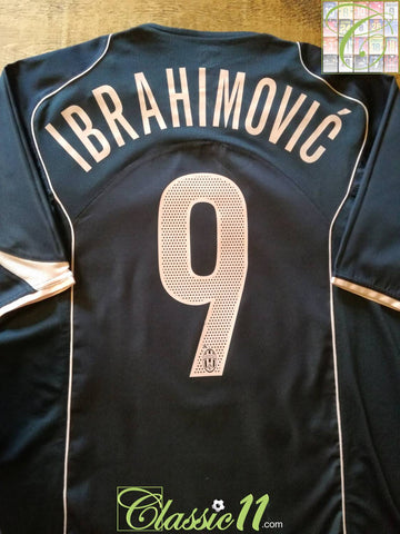 2004/05 Juventus Away Football Shirt Ibrahimović #9 (L)