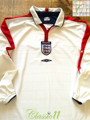 2003/04 England Home Football Shirt. (L)