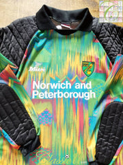 1994/95 Norwich City Goalkeeper Football Shirt (M)