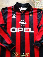 1994/95 AC Milan Home Football Shirt. (S)