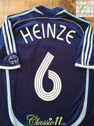 2006/07 Argentina Away Football Shirt Heinze #6 (M)