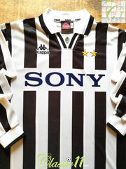 1995/96 Juventus Home Football Shirt. (XL)