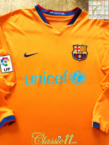 2006/07 Barcelona Away La Liga Football Shirt. (L)
