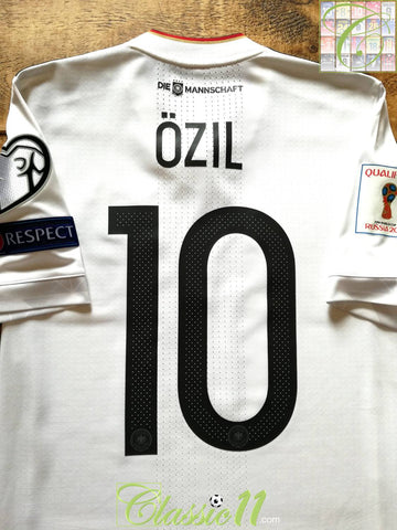 2017/18 Germany Home World Cup Qualifiers Adizero Football Shirt Özil #10 (S)