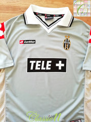 2000/01 Juventus 3rd Football Shirt (M)