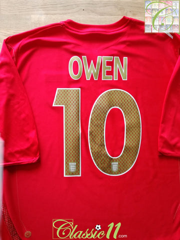 2006/07 England Away Football Shirt Owen #10 (L)