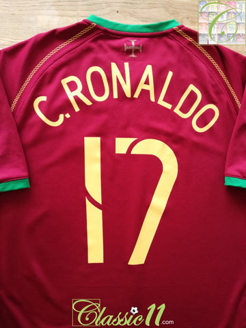 2006/07 Portugal Home Football Shirt C. Ronaldo #17 (L)