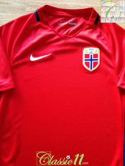 2016/18 Norway Home Football Shirt (S)