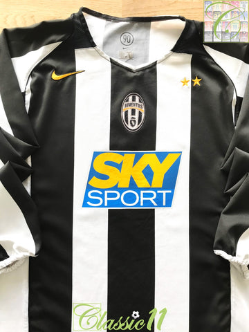 2004/05 Juventus Home Football Shirt. (M)