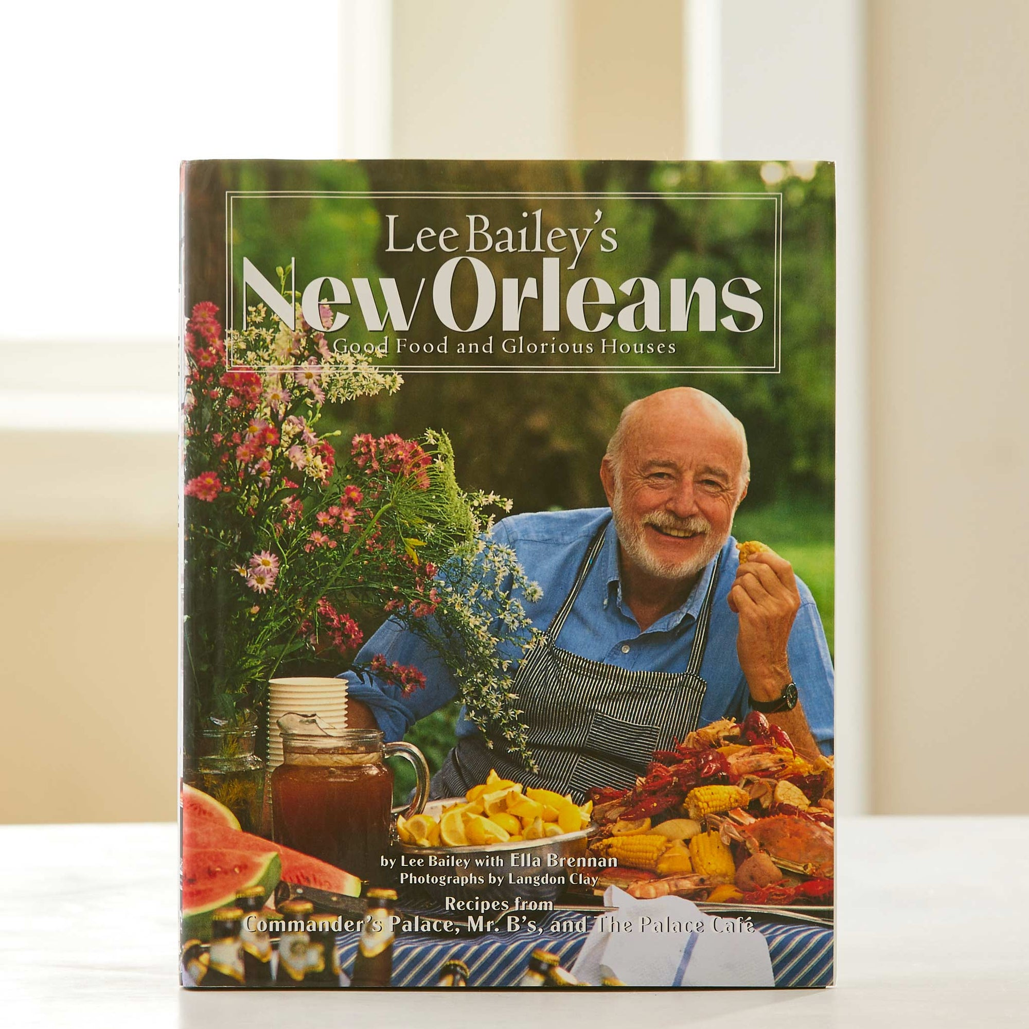 Lee Bailey's New Orleans Cookbook. Celebrating Bayou cooing & French Quarter decor before Paul Prudhomme & Emeril Lagasse made it cool. Seafood magic.