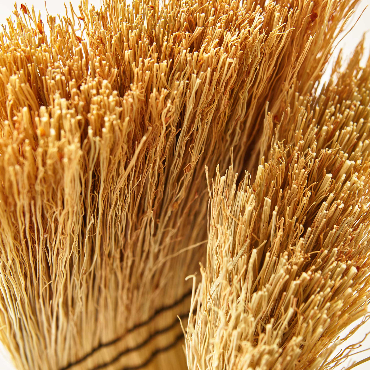 RICE STRAW WHISK BROOM